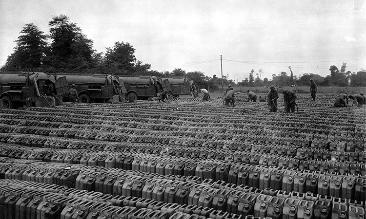 metal jerry cans in WWII